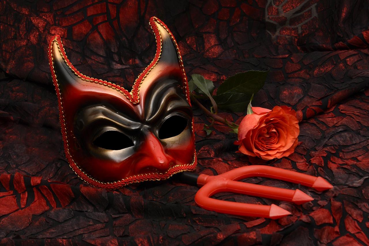 devils-advocate-wes-schaeffer-hubspot-consultant